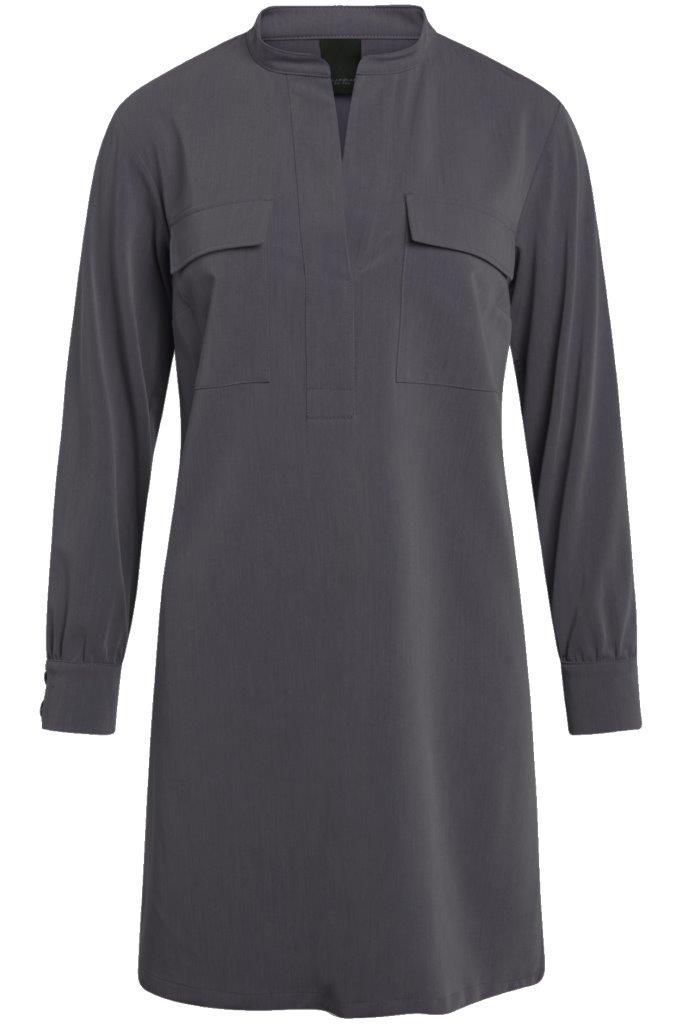 Gabardine-Kleid mit seitlichen Schlitzen