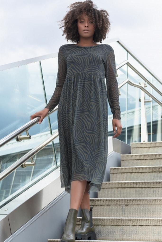 Mesh-Kleid mit Viskosefutter